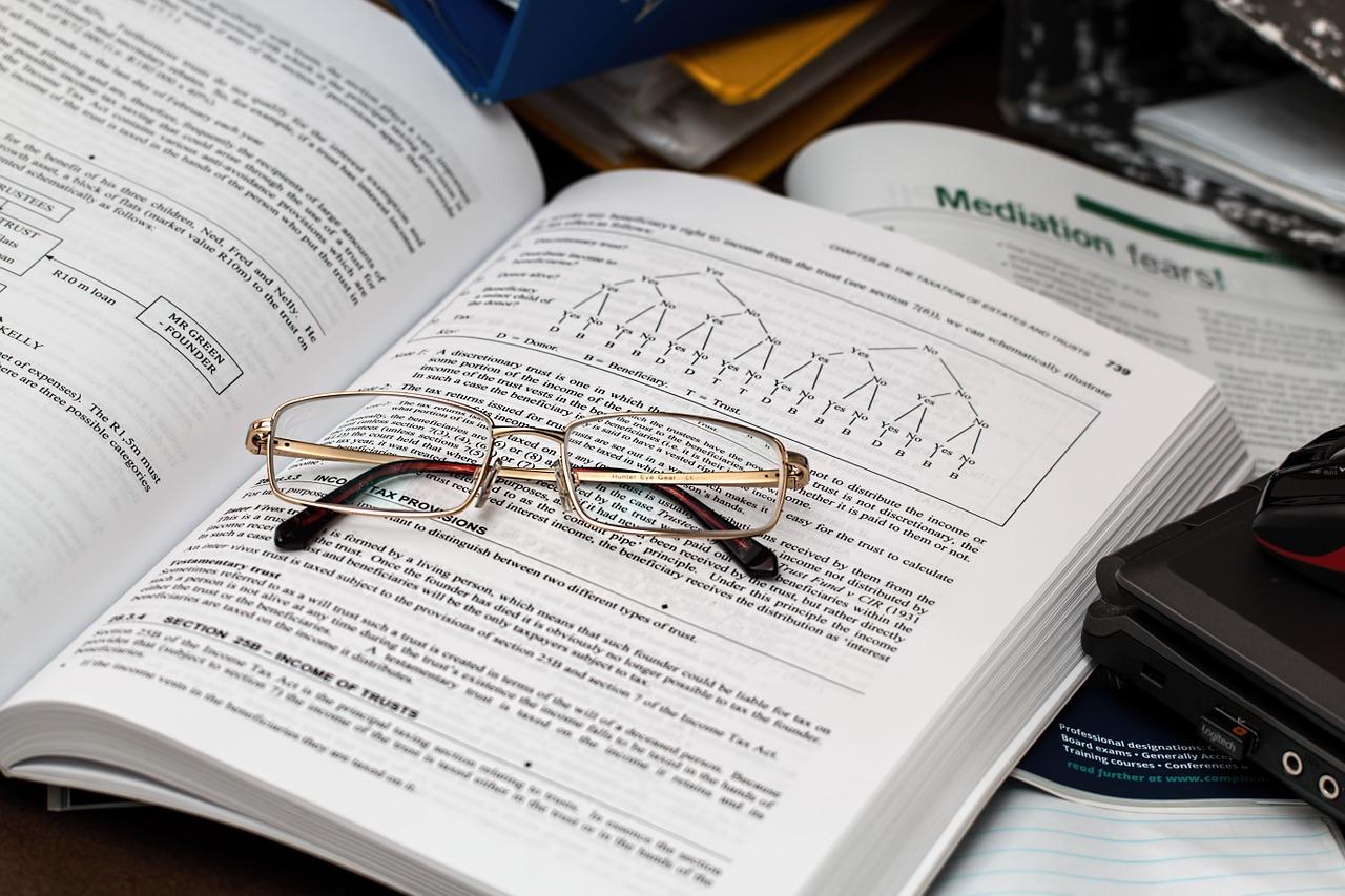 Dlaczego warto zainwestować w outsourcing księgowości?