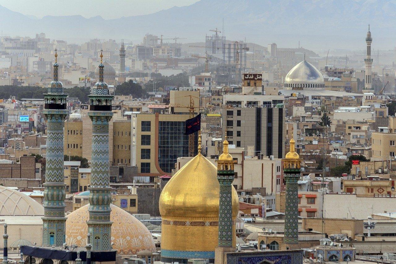 Iran przyznaje 30 licencji kopalniom kryptowalut