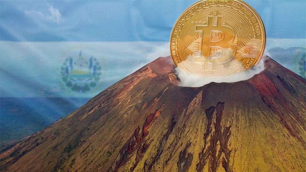Prezydent Salwadoru pokazuje geotermalną kopalnie BTC